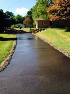 Residential Asphalt Driveway Charlotte / Concord